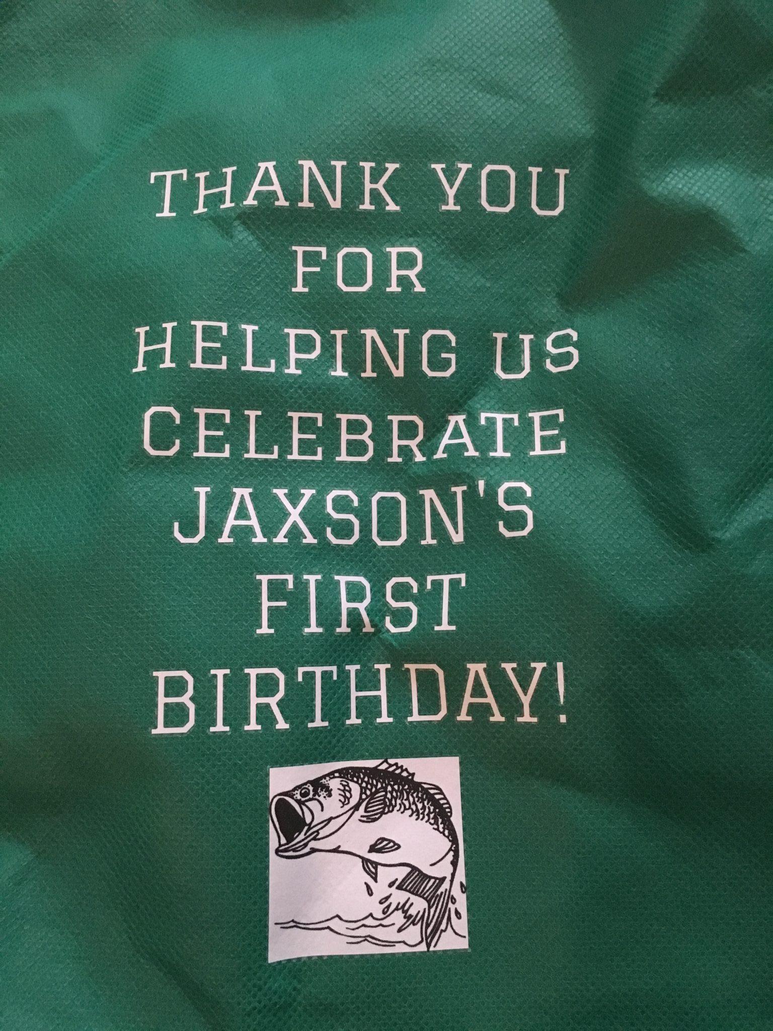 """The Big One"" Fishing Themed Birthday party Decor + Ideas! [plus free printable birthday checklist!] | slayathomemother.com |"