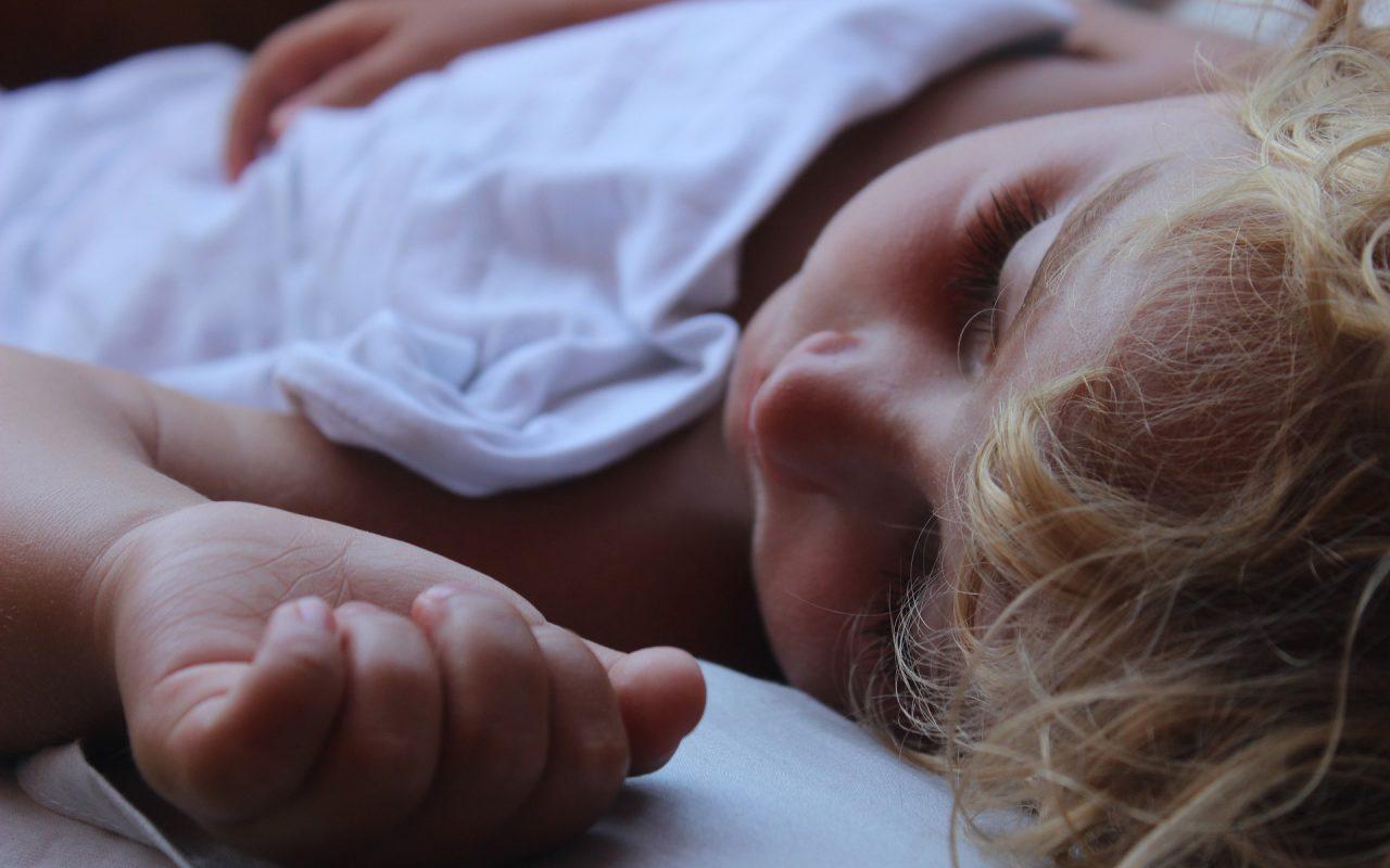 10 Tips To Help You Survive Sleep Training