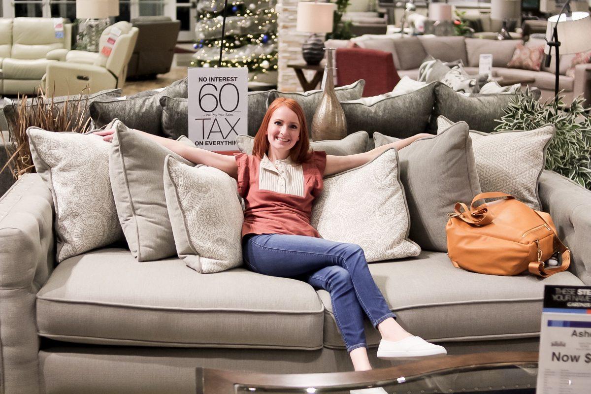 Picking Out New Living Room Furniture at Gardner-White- SlayAtHomeMother.com