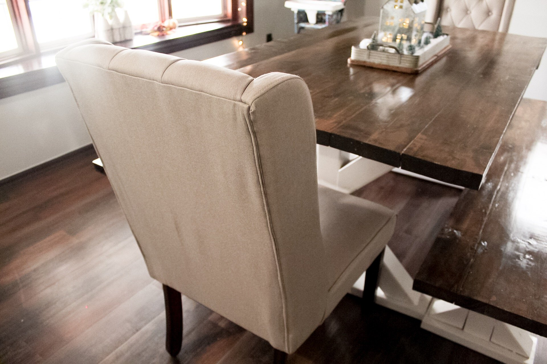 Living Room Furniture Refresh - SlayAtHomeMother.com
