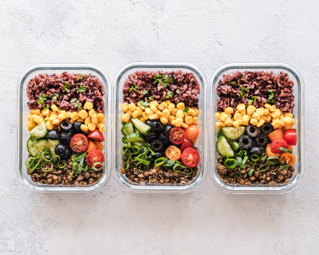 Weekly Family Meal Planning - SlayAtHomeMother.com