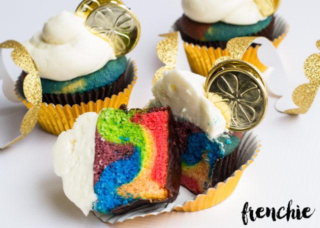 St-Patricks-Day-End Of The Rainbow Cupcakes from SeeLindsay.com -- SLAYathomemother.com
