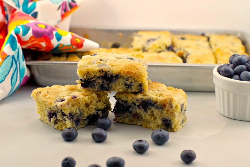 healthy-blueberry-cornbread-recipe-1024x683