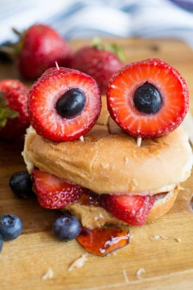 monster-bento-bun-sandwich-2