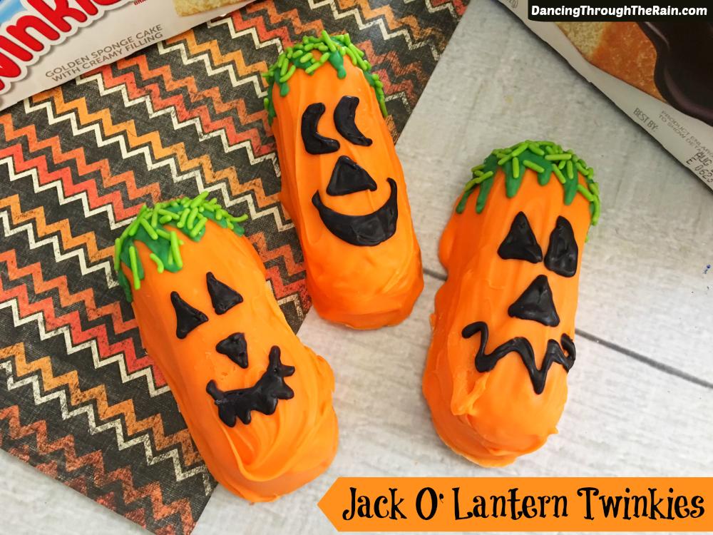 Halloween jack-o-lantern twinkies
