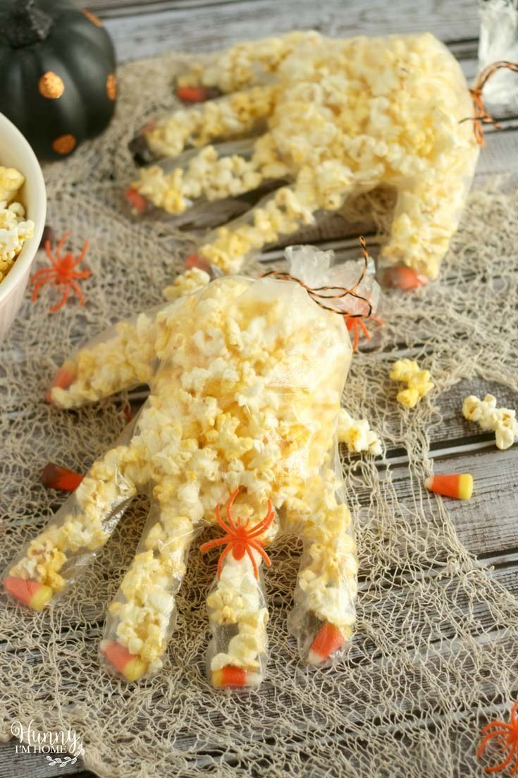 Popcorn hand halloween treat