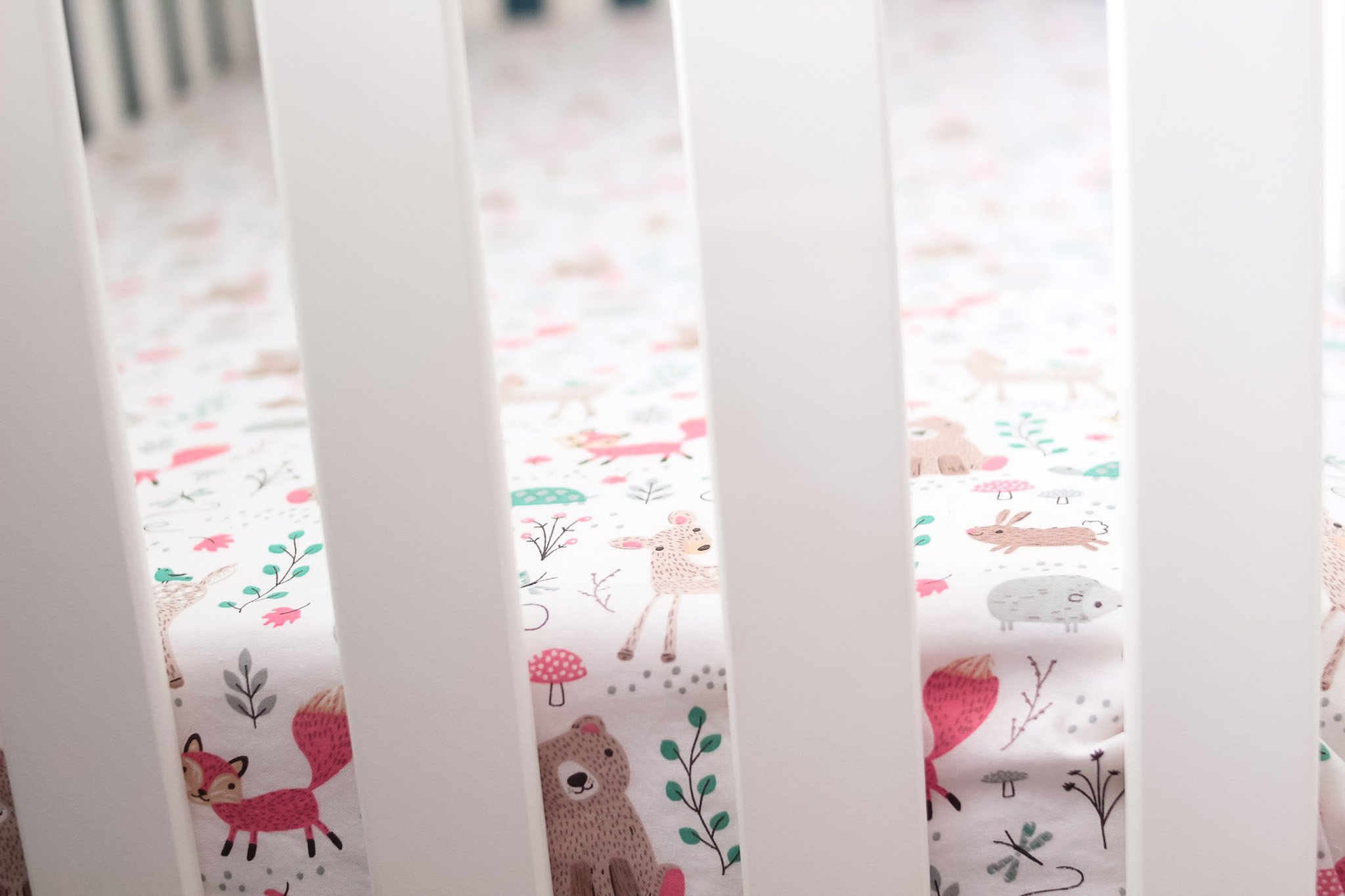 diy unisex crib sheet closeup