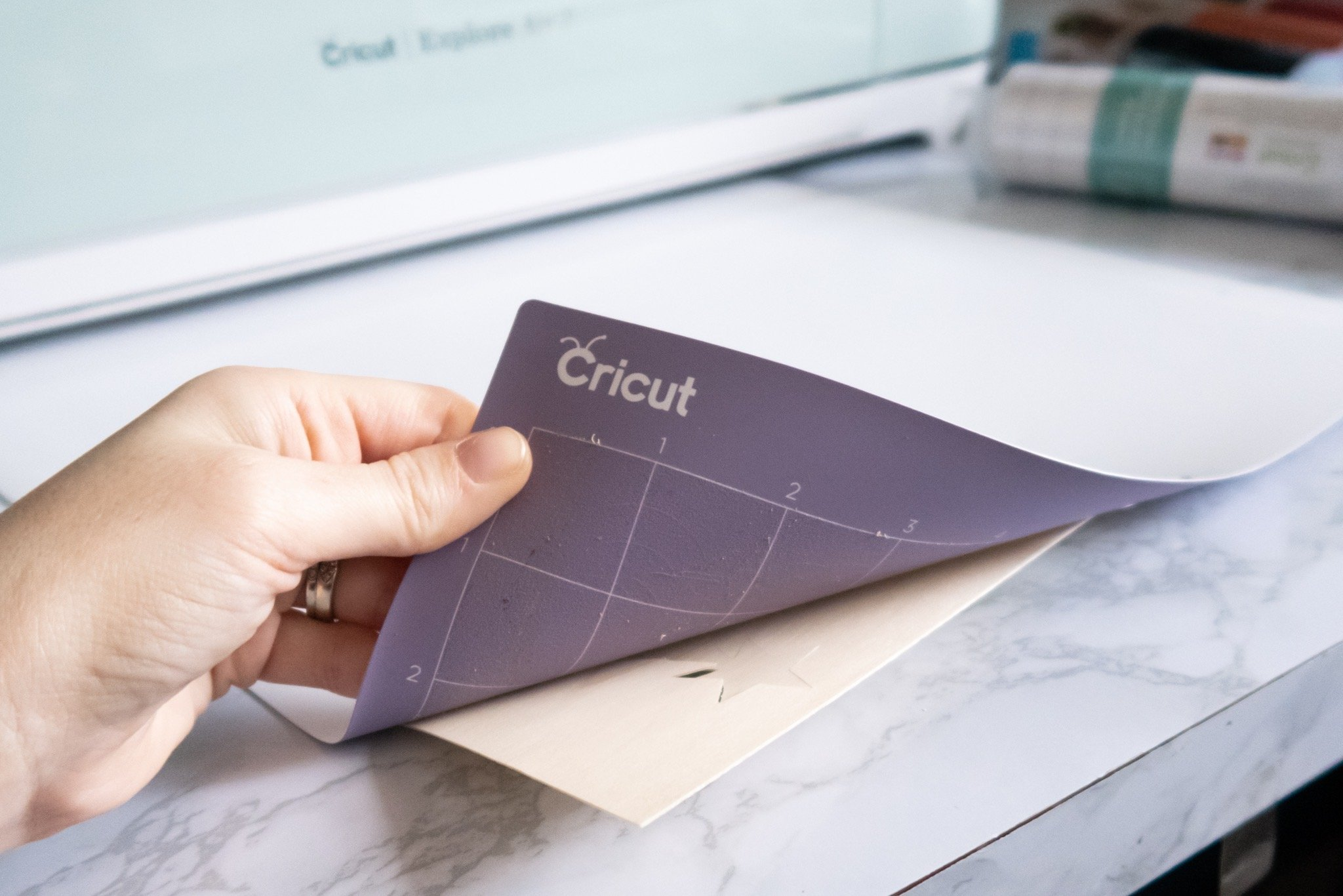 peeling cricut stronggrip mat away from wood veener