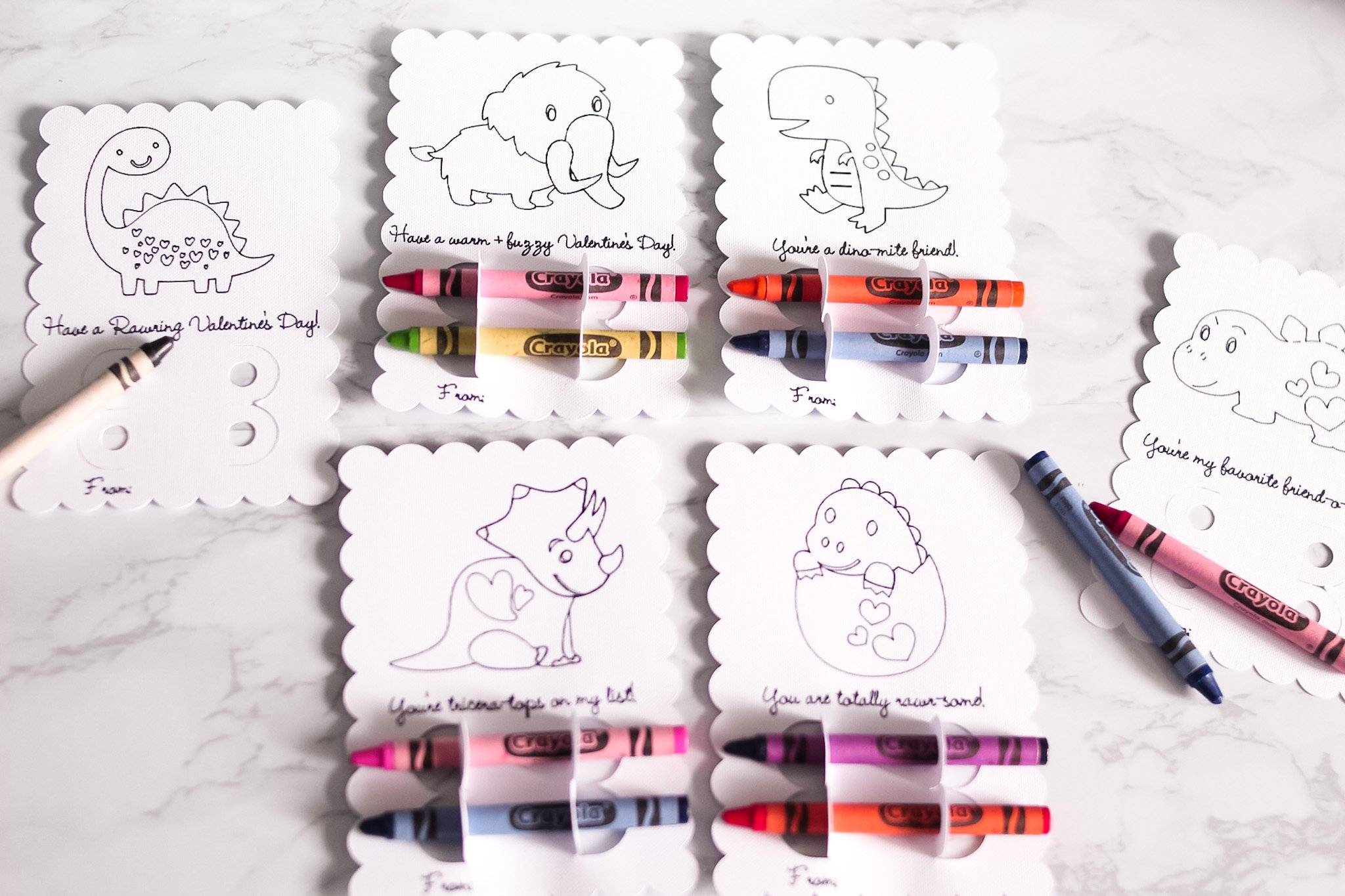 6 dino-mite valentin's day crayon cards