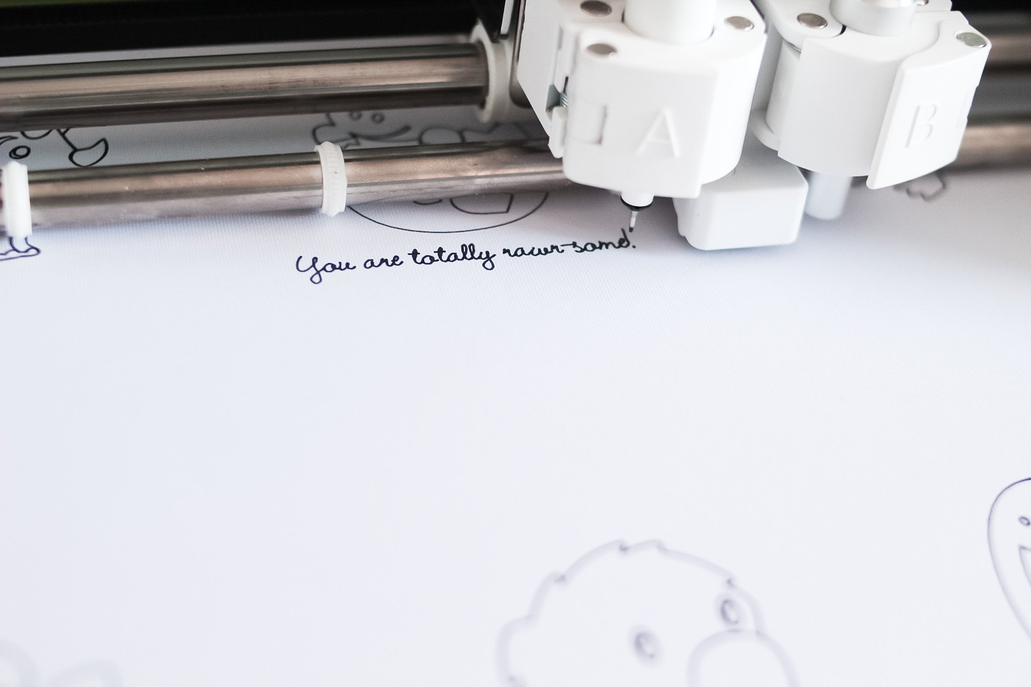 drawing font with cricut pen