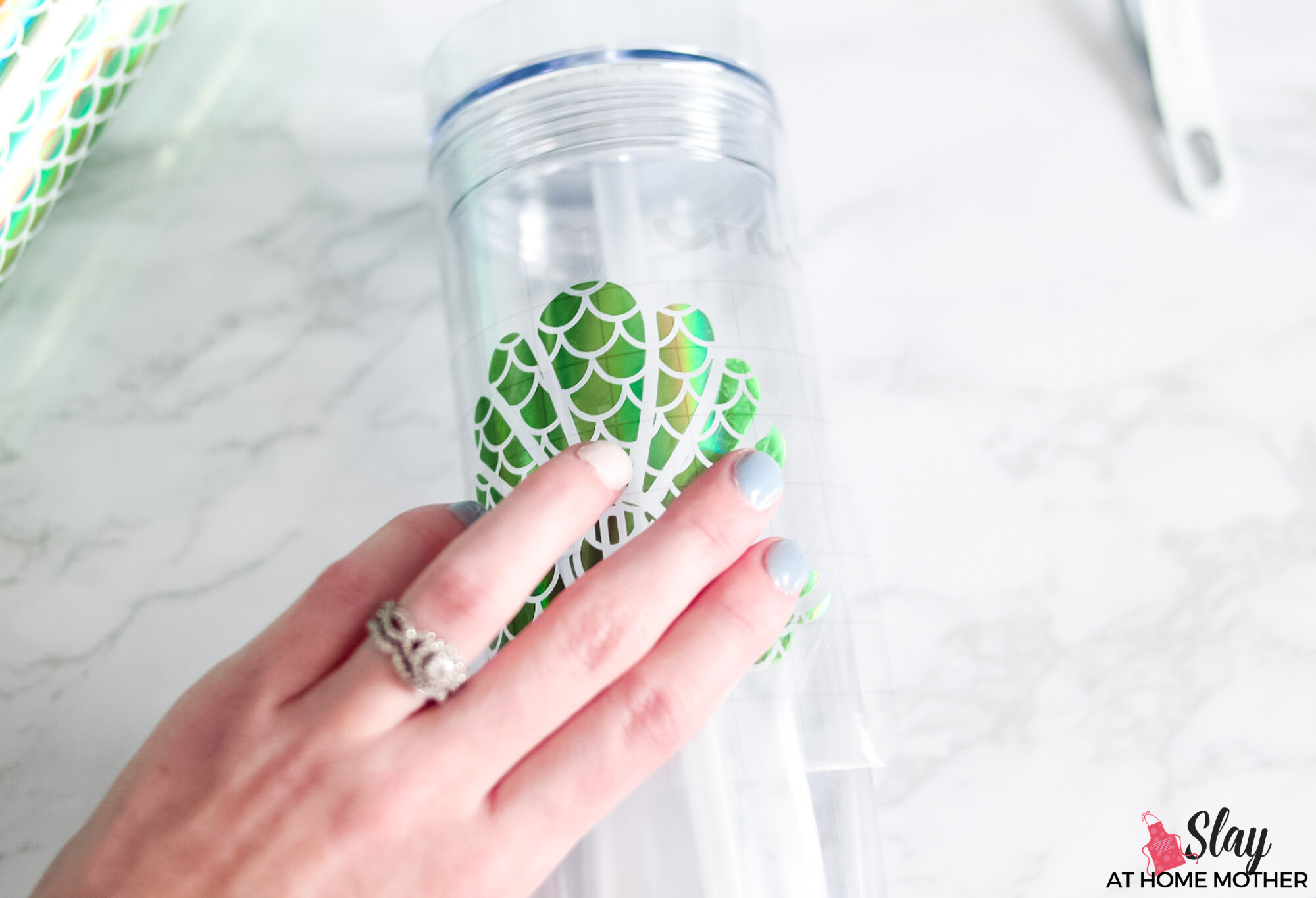 transferring vinyl decal to clear tumbler 2