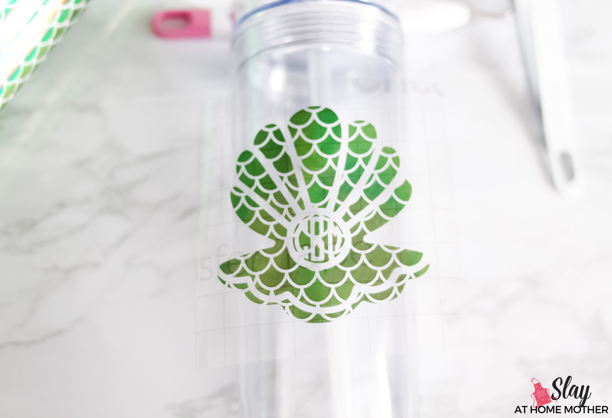 transferring vinyl decal to clear tumbler